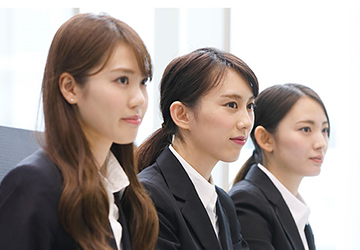 WomanCareerSelection3月12日